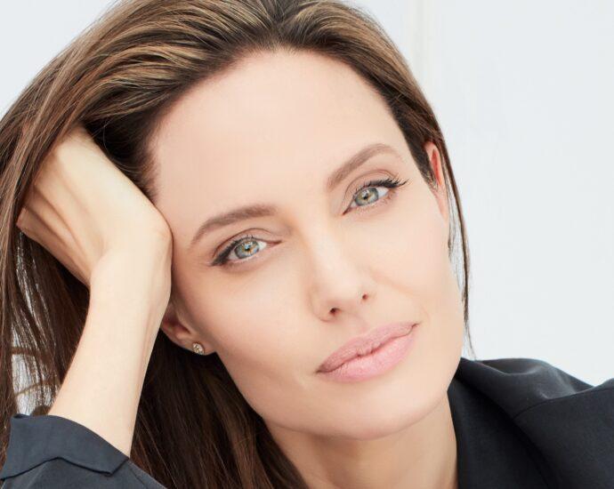 Angelina Jolie dorogoe